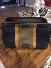 Fossil Toiletry bag. Framed for easy access  Niagara Falls, L2G 7T7