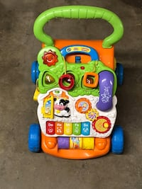 baby's multicolored activity walker Weatherly, 18255