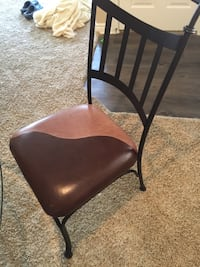 Dining room table with 4 chairs. Colorado Springs, 80918