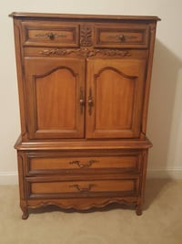Wood Bedroom Set With Armoire Dresser 2 Nightstands - Will Deliver Washington, 20011