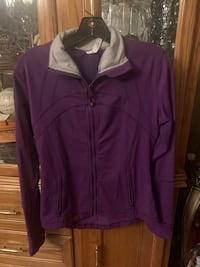 LULULEMON DEFINE JACKET SIZE 8 North Dumfries, N0B 1E0