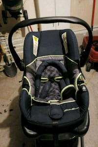 baby's black and gray car seat carrier Bowmanville, L0B