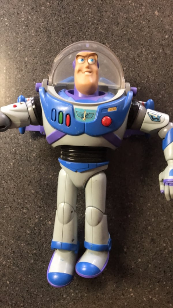 """White and blue plastic ride on toy. 15"""" tall... b4dff9a5-c1de-415e-bc9a-95d250fc2108"""