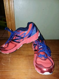 pair of red-and-blue Adidas running shoes Stoneham, 02180