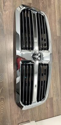 ram 1500 brand new grille Springfield