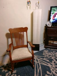 Beautiful solid oak rocking chair asking 40 obo St. Cloud, 56301