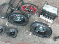 car speakers and deck for sale Windsor, N9C 2R3