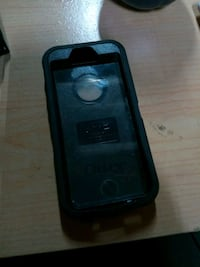 Iphone 5s OtterBox Defender Case with Holster Beaumont