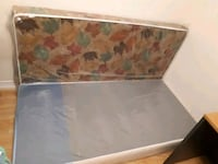 Mattress and box set Brampton, L6Z 0B4