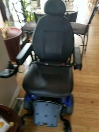 Electric wheel chair 2 years old and charger Louisville, 40202