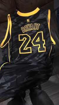 Kobe limited edition jersey XL