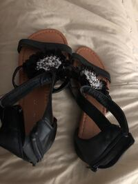 Pair of black leather open-toe sandals Myrtle Beach, 29588