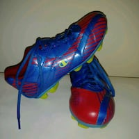 Used: Champion youth SIZE 1 outdoor soccer cleats