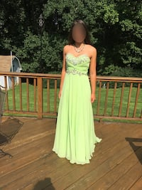 Lime green pageant/prom dress Frederick, 21704