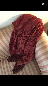 Beautiful Damask Fringed Throw  Bowmanville
