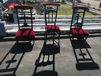 Chairs red velvet