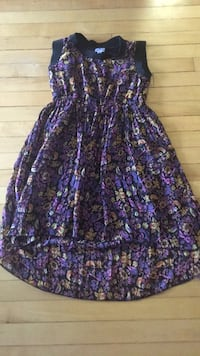 Purple and pink floral sleeveless dress Langley, V3A 6M7