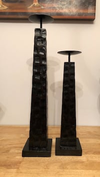 2 heavy wooden candle pillars Frederick, 21702