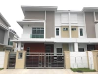 New Johor Bahru Double Semi-detached House Area 40x80. Built Up area 3277sqft ???