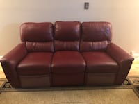 Brown leather 5-seat sofa recliner  Fairfax Station, 22039