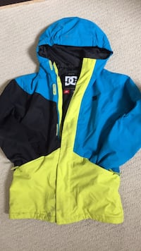 Boys winter jacket size M Calgary, T2Z 2G5