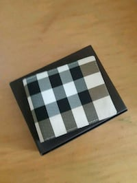black and white checkered Burberry wallet Mississauga, L5B 0G4