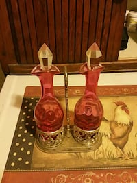 two clear red glass bottles Bakersfield, 93308