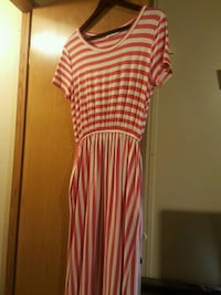 white and red stripe scoop-neck dress Brawley, 92227