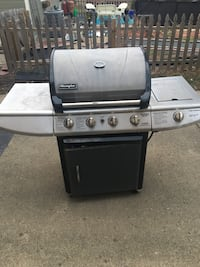 Grill in good condition. Works great Loveland, 45140