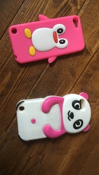 deux coques iPhone blanches et roses