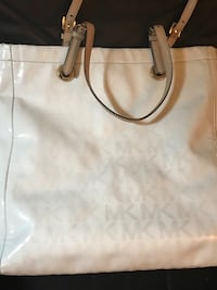Michael Kors Signature Jet Set Tote Midwest City, 73110
