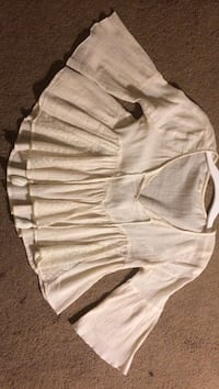 White Blouse SIZE SMALL Los Angeles, 91423