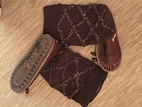 Knitted high brown Sketchers boots  Toronto, M4G 2M4