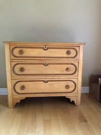 brown wooden 3-drawer chest Gatineau, J9H 6W7