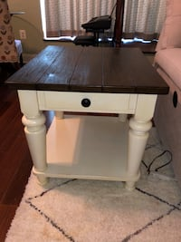 Heartland side table from La-Z-Boy Alexandria, 22314