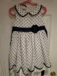 Gently used , girls dress Vaughan, L4L 2A6