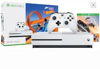White xbox one with controller and box 2131 km