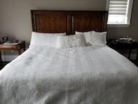 Solid wood king bed TORONTO