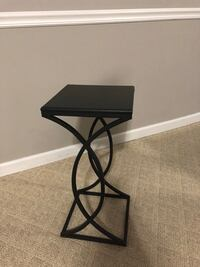 12x12 Side table Mobile, 36619