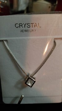 silver-colored cube pendant necklace Tulsa, 74135
