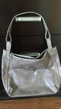 Lizclaiborne leather hobo bag Vaughan, L4J 5L6