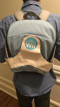 gray and white for nintendo wii bag