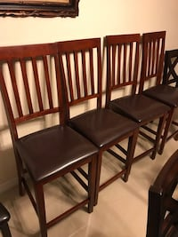 4 chair wood dining set Tampa, 33609