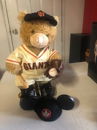 Giants build-a-bear with stand  Vacaville, 95688