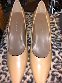 Caressa Tan Leather Size 10M  Dress Heels District Heights, 20747
