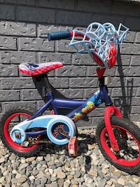 Spiderman bicycle in a good condition the reason of selling is because my son needs a bigger size Surrey, V3R 9B5
