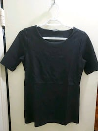 ARMANI EXCHANGE - BLACK TOP WITH 2 SIZE ZIPPERS  Toronto, M6M 2A1