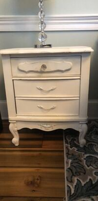 French provincial white nightstand Leesburg, 20176
