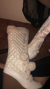 Just fab boots  Springfield, 97477