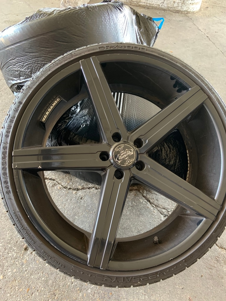 Photo 22inch Versantes flat black from Texas